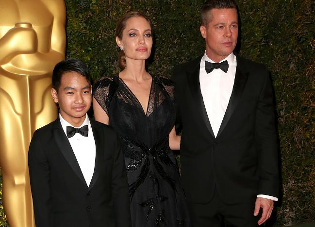 Vychrtlá Angelina! Matka šesti dětí děsí svým vzhledem