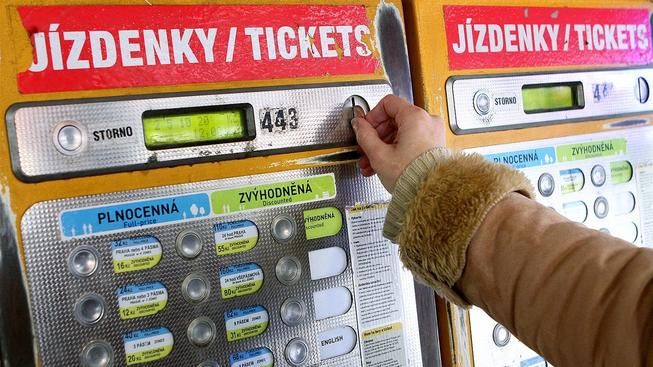 Automat na jízdenky