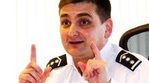 Hromadná výměna policejních ředitelů čeká hned čtyři kraje. Kde skončí Červíček?