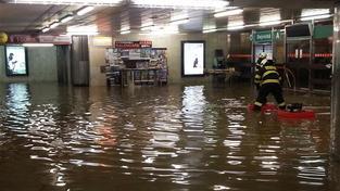 Metro Dejvická