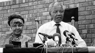 Nelson Mandela s exmanželkou Winnie