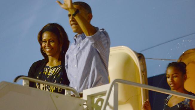 Barack Obama přiletěl na Havaj