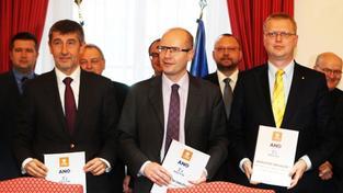 Babiš (vlevo), Sobotka a Bělobrádek