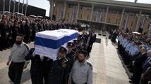 Státní pohřeb: Šaron bránil Izrael jako lev, vzpomínal prezident