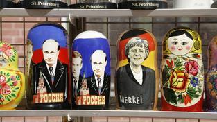 V prostoru mezi Merkelovou a Putinem