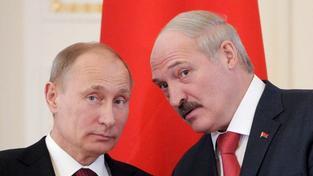 Ruský prezident Vladimir Putin a jeho běloruský kolega Alexandr Lukašenko