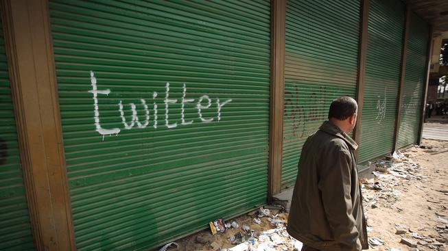 Jedna z forem protestu proti zákazu Twitteru v Turecku