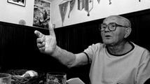 Génius slova a vyprávění, spisovatel Bohumil Hrabal, by oslavil 100. narozeniny