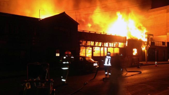 Youtuber si úspěšně podpálil dům v přímém přenosu - podívejte se na video