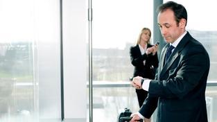 Kontrolovat zaměstnance na pracovišti by mělo být pokutovatelné, doporučuje ochránce. Ilustrační foto