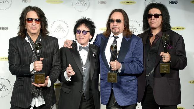 Skupina Kiss byla zařazena do rokenrolové síně slávy. 11. dubna 2014, New York, Brooklyn.