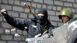 Proruští separatisté v ukrajinském Slavjansku