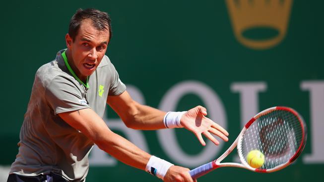 Lukáš Rosol během zápasu s Rogerem Federerem v Monte Carlu