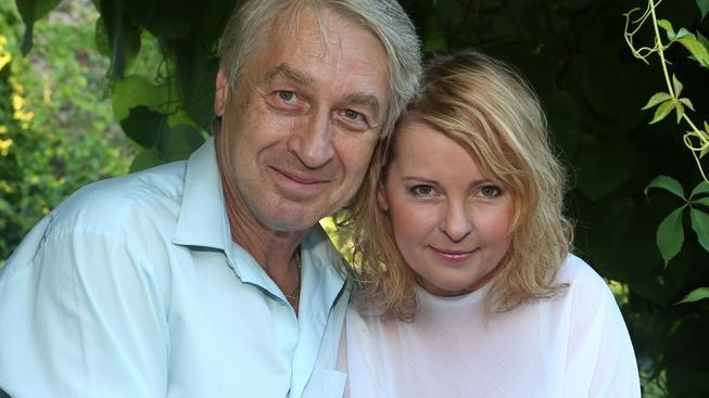 Iveta Bartošová a její manžel Josef Rychtář