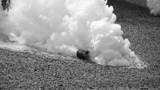 Slzný plyn (ilustrační fotografie)
