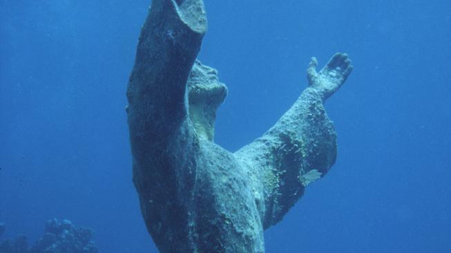 V Palermu lákají na podvodního Ježíše