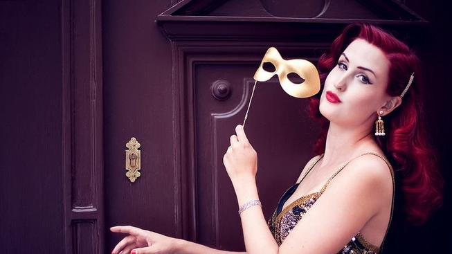 Burleskní tanečnice Lady Mousellyca. zdroj: Danny Worm