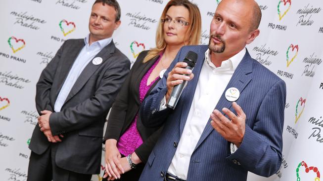 Zleva: Karel Fischer, Petra Venturová a Zbyněk Passer