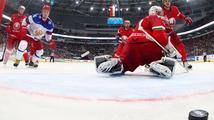Nas ne dogonyat! Rusové vyhráli i 7. zápas na šampionátu. Zato Američané se trápili s Němci