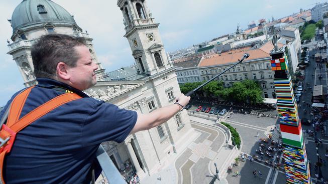 Rekordní věž z lega v Budapešti