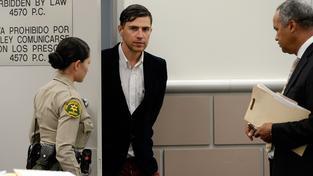 """Ukrajinský """"zážitkový novinář"""" Vitalij Seďuk dostal tříletou podmínku za napadení Brada Pitta"""