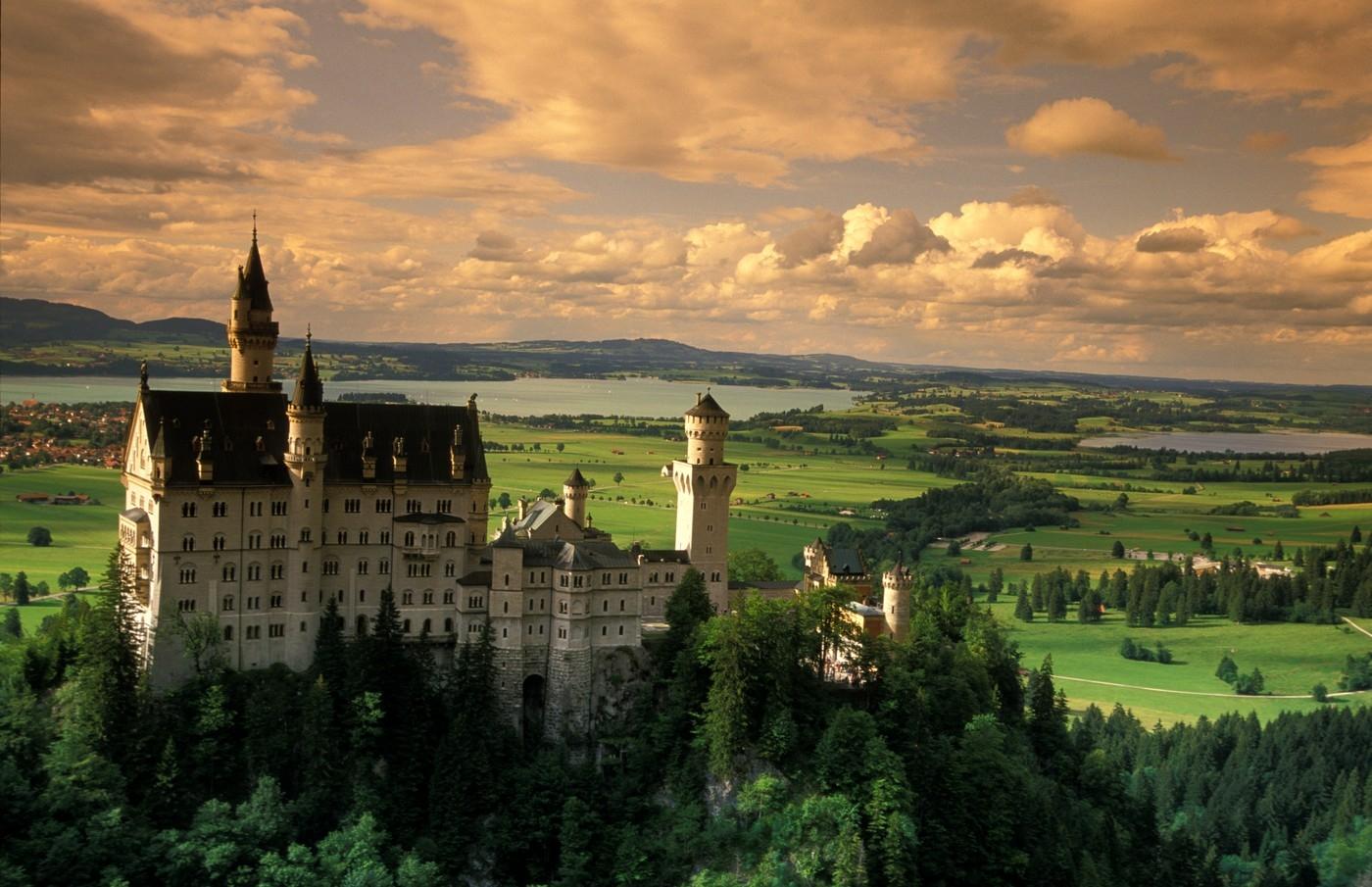 Pět pohádkových hradů a zámků v Evropě, kam se musíte podívat