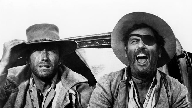 Eli Wallach (vpravo) s Clintem Eastwoodem v Sedmi statečných