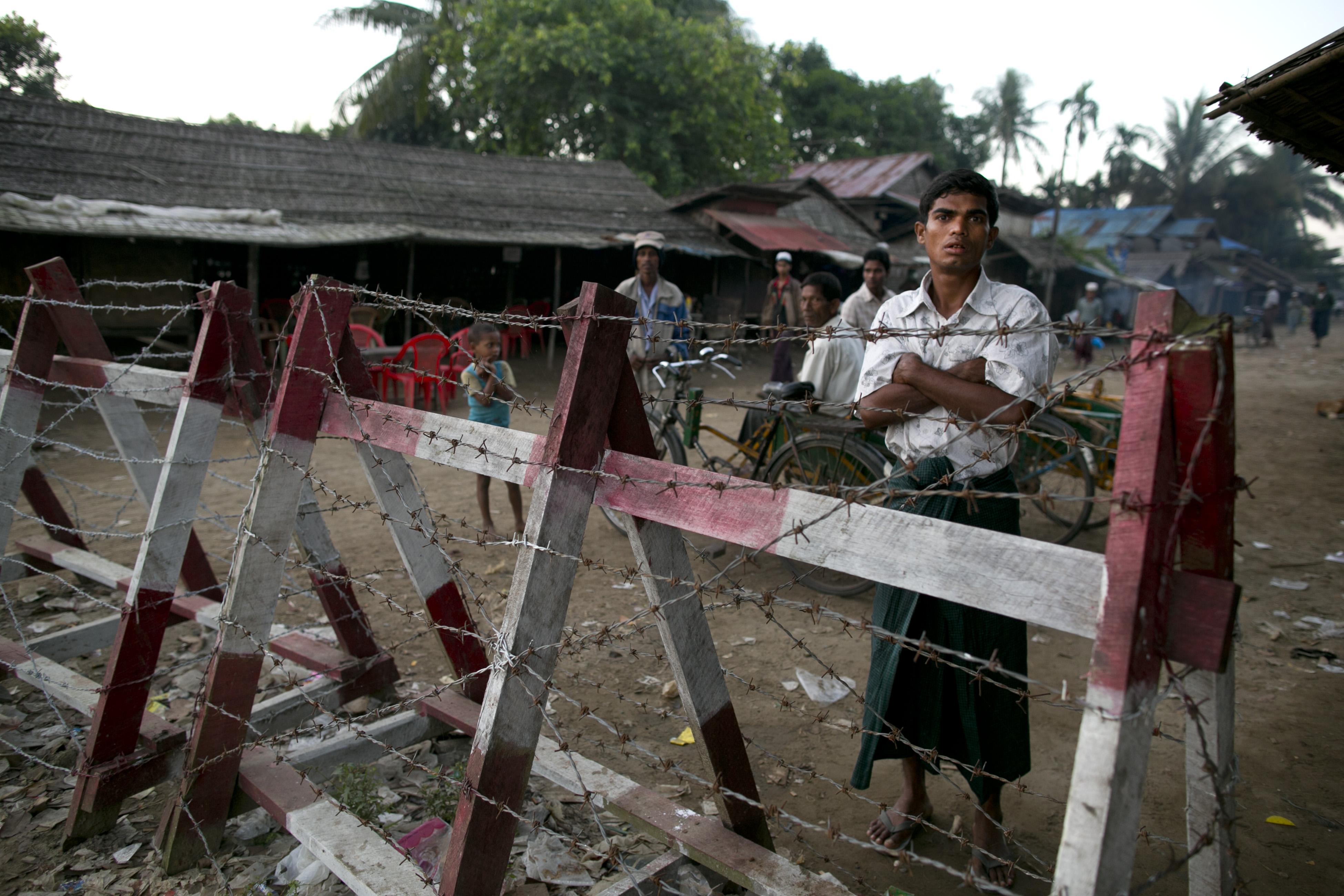 Utrpení, které neexistuje. Barmští buddhisté drží muslimy v koncentrácích