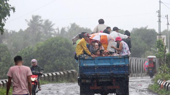 Filipíny evakuovaly obyvatele z ohrožených oblastí
