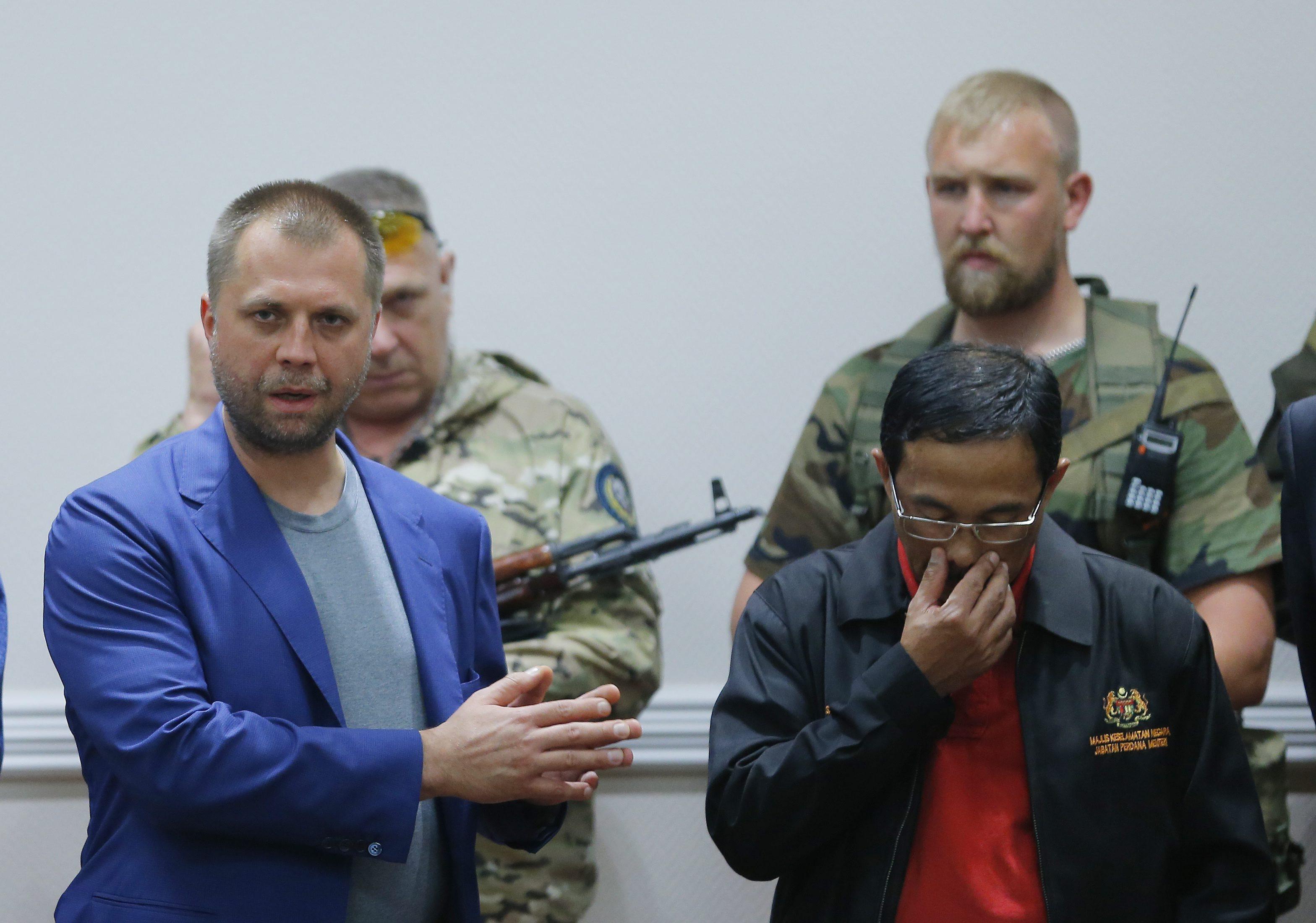 Odevzdáním černých skříněk rebelové zřejmě pomohli Rusku