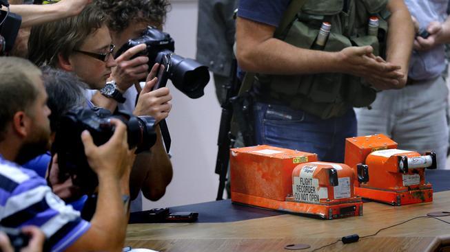 Černé skříňky havarovaného malajsijského boeingu