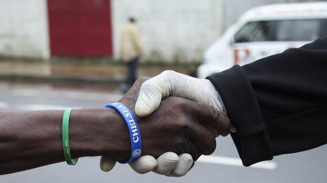 Podání ruky nemocnému