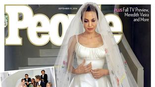 První snímek Angeliny Jolie ze svatby z Bradem Pittem