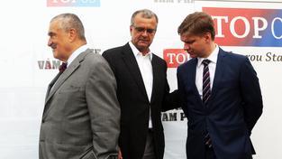 Karel Schwarzenberg, Miroslav Kalousek a Tomáš Hudeček během zahájení předvolební kampaně TOP 09