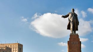 Socha Lenina už v Charkově nestojí