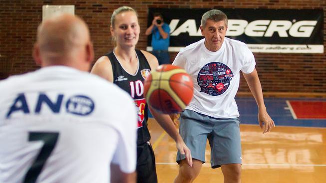 """Předvolební kampaň Andreje Babiše je taková...""""putinská"""""""