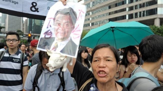 Demonstrace v Hongkongu ztrácejí na intenzitě zejména kvůli nejednotnosti názorů prodemokratické frakce.