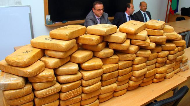 Policie zabavila stovky kilogramů heroinu (ilustrační foto)