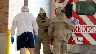 Ebolou se ošetřovatel nakazil v texaském Dallasu