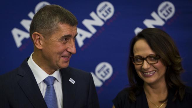 Babiš odmítl v některých městech jednání s ČSSD. V Olomouci mu pomyslnou facku sociální demokraté vrátili. V Praze nicméně Adriana Krnáčová vyjednává se zástupci ČSSD a Trojkoalice.