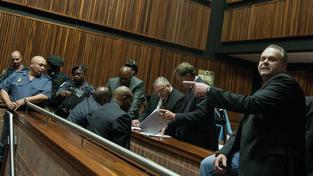 Radovan Krejčíř neuspěl u soudu v JAR. když se domáhal odposlechů a výpisů hovorů vyšetřujících policistů a detektiva O´Sullivana.