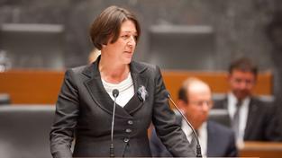 Bývalá slovinská vicepremiérka a šamanka paní Violeta