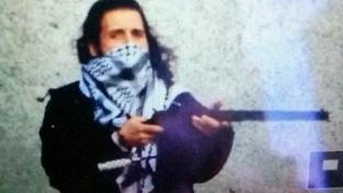 Dvaatřicetiletý Michael Zehaf-Bibeau, který ve středu zastřelil vojáka na stráži u válečného památníku v Ottawě, byl patrně radikálním islamistou.