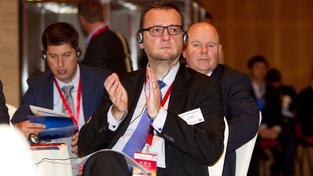 Petr Nečas se prezidentovy cesty do Číny zúčastnil jako člen podnikatelského doprovodu