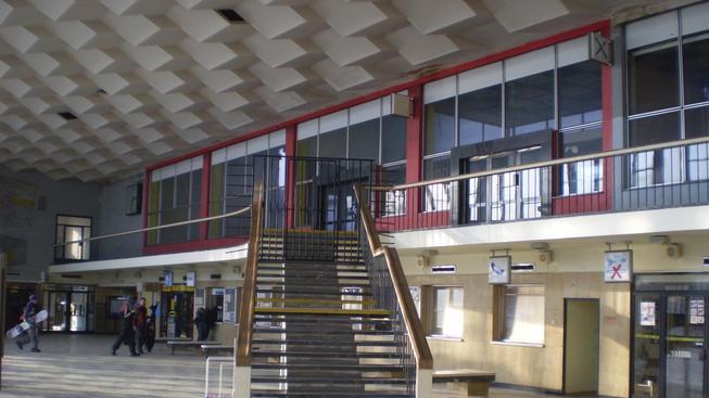 Proslulá hala havířovského nádraží. Celá budova je ceněna místními i odborníky