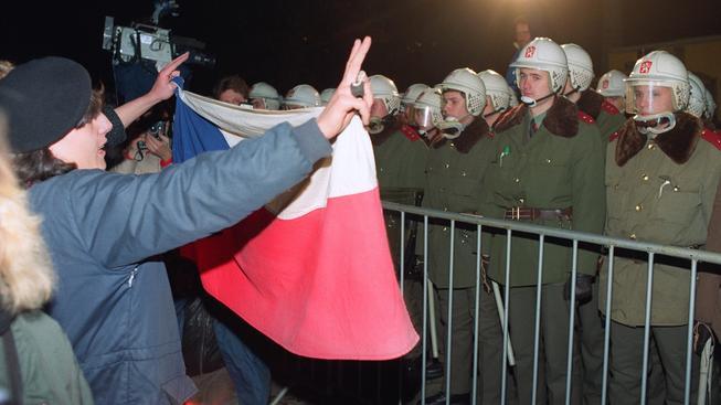 17. listopadu 1989 odstartovala Sametová revoluce