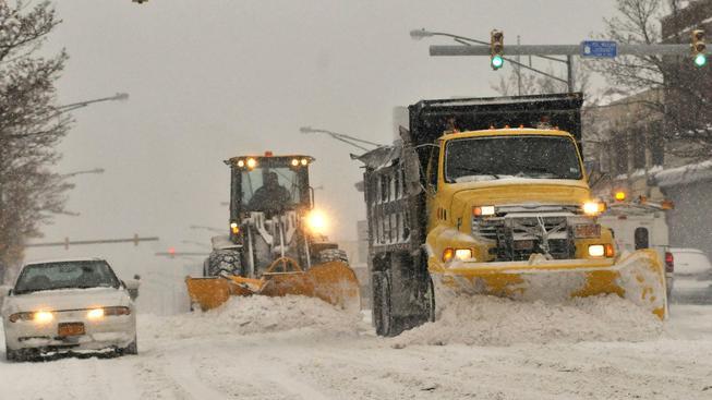 Sněhová kalamita zasáhla řadu míst v USA, nejsilněji severně položené město Buffalo (na snímku)