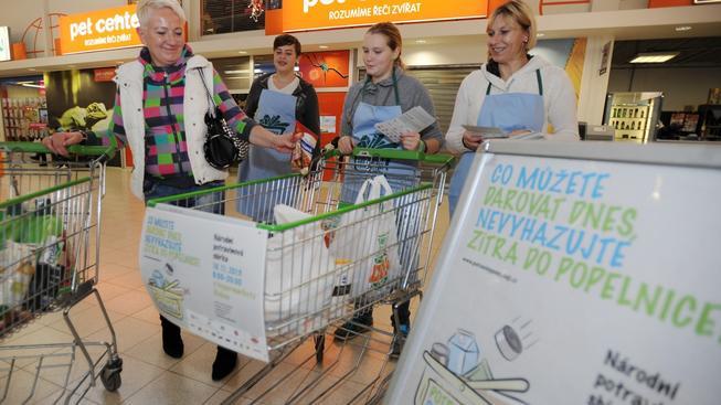 Letošní potravinová sbírka předčila loňský první ročník