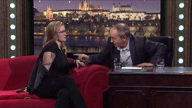 Ministryně Šlechtová ukázala v Show Jana Krause tetování a prozradila, že jich má víc