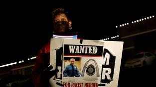 Sktečnost, že policista nebude pro smrt černé oběti souzen, vyvyolala další vlny protestů